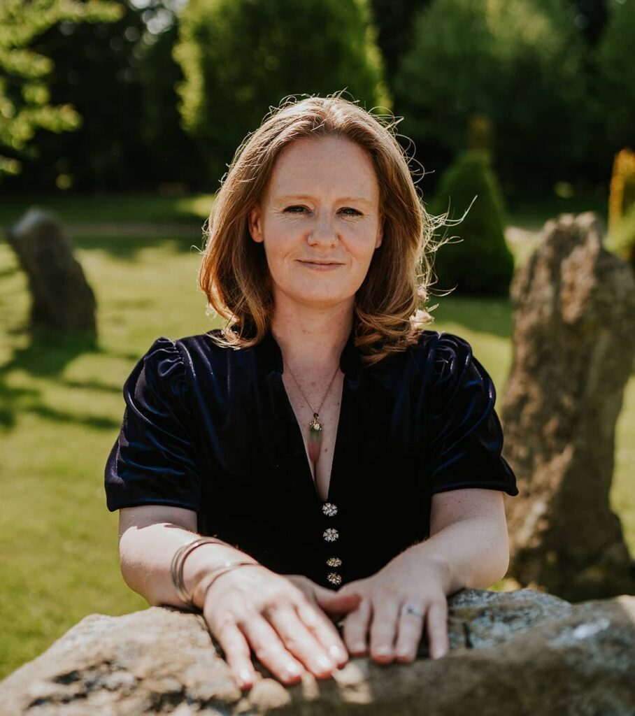 Helen Hardware: Soulful Confidence Coach and spiritual hypnotherapist